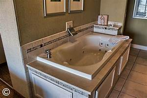caravelle resort photo gallery myrtle beach resort for With honeymoon suites in myrtle beach sc