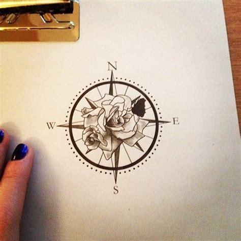 tatouage cuisine les 25 meilleures idées de la catégorie des vents sur dessin boussole tatouage