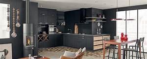 Pinterest Cuisine : cuisine moderne et design ouverte noire mat ambiance ~ Carolinahurricanesstore.com Idées de Décoration