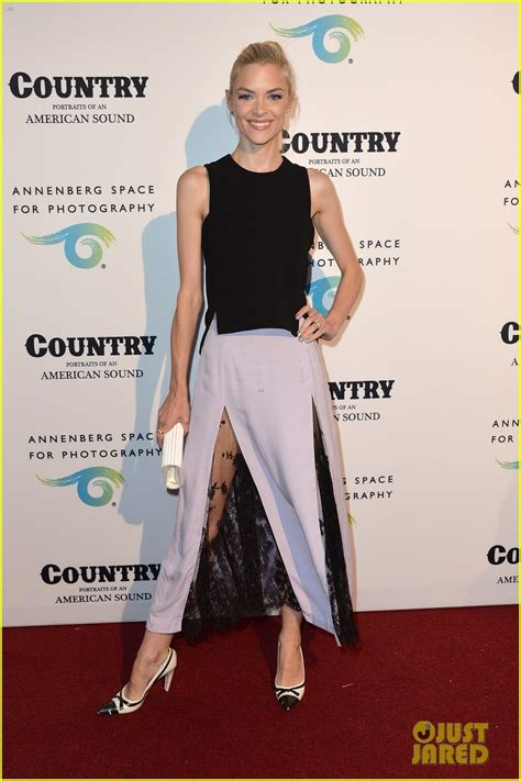 Jaime King & Mandy Moore Celebrate Annenberg Space For