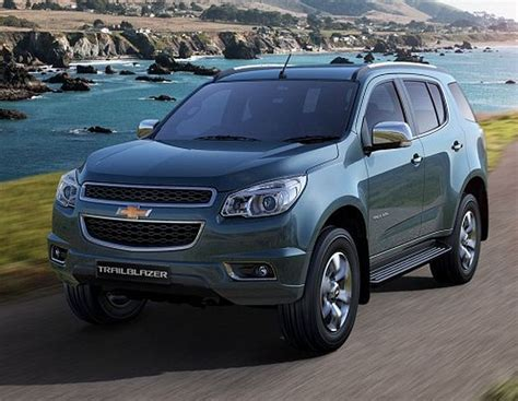 general motors launches suv trailblazer  rs  lakh
