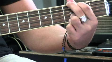 Chordify is your #1 platform for chords. belajar chord intro-(peterpan ada apa dengan mu) - YouTube
