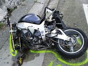 Accident Moto Haute Savoie : haute savoie appel t moin pour l 39 accident de dingy saint clair ~ Maxctalentgroup.com Avis de Voitures