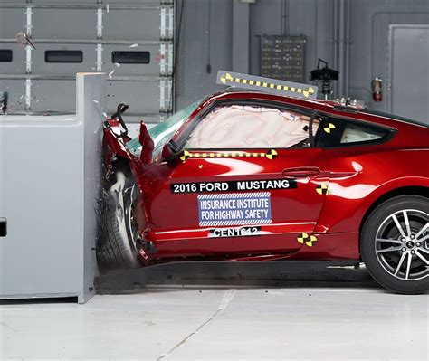crash test sieges auto l 39 iihs tance les cars américaines le auto