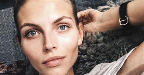 Talantīgā latviešu modele Karlīna Caune ir mazuļa gaidībās ...