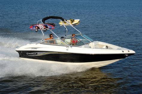 Deck Boat Or Bowrider by Research 2014 Caravelle Boats 22ebi On Iboats