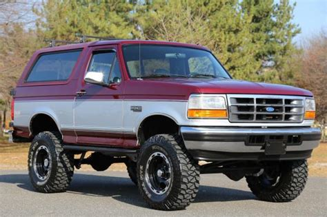 cars  ford bronco xlt  lifted