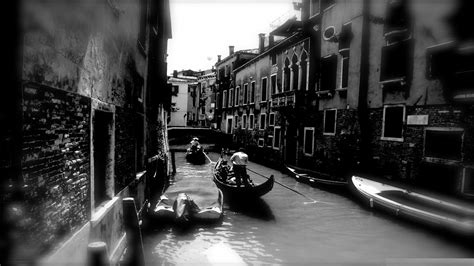Wallpaper Hd Black And White by Black And White Streets Artistic Venice Monochrome Artwork