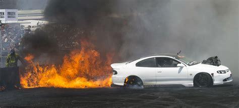 video fear monaro burnout fire  summernats