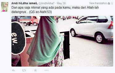inilah wanita berjilbab paling munafik se indonesia