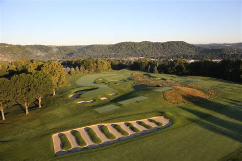 Oakmont Country Club Course Review & Photos  Golf Digest