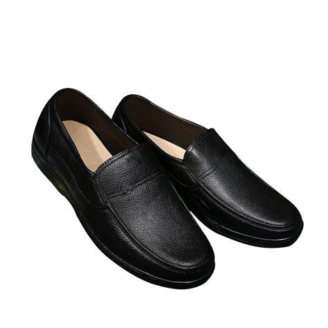 newly mens work shoes kitchen  slip waterproof working