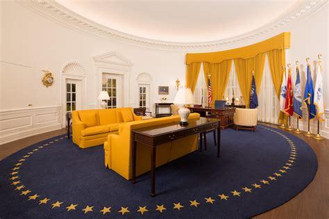 bureau president oval office rug