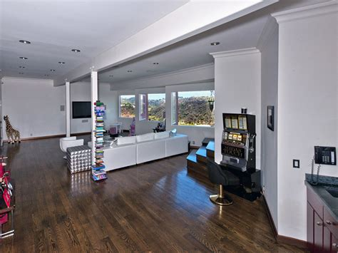 producer michael blakey lists beverly hills home