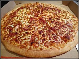 Friday night, Pizza Night – Papa John's! – The Ravenous ...