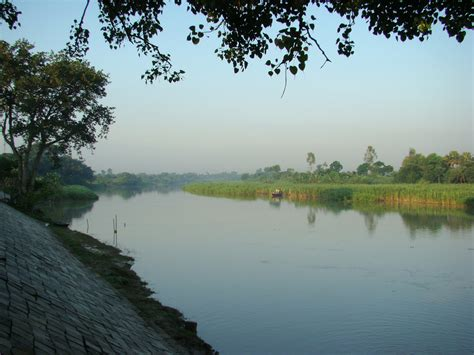 File:River Bangladesh.JPG - Wikimedia Commons