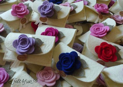 fiori bomboniere fai da te bomboniere bomboniera porta confetti in feltro