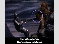 The Wizard of Oz movie mistake picture 3