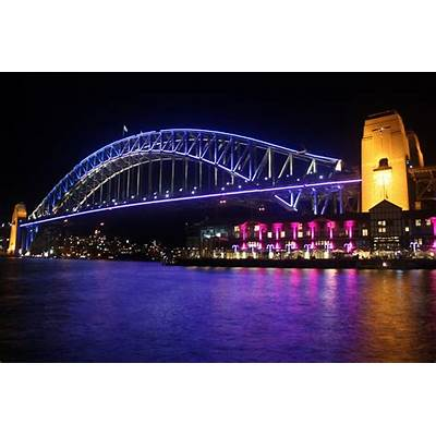 Sydney - City and Suburbs: Harbour Bridge Vivid