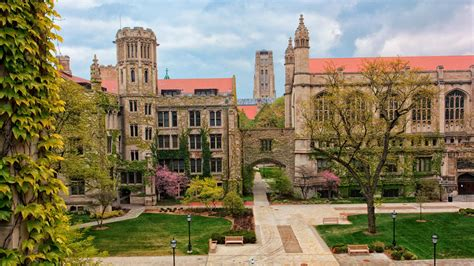 University Of Chicago Ties For No 3 Spot On Best Colleges