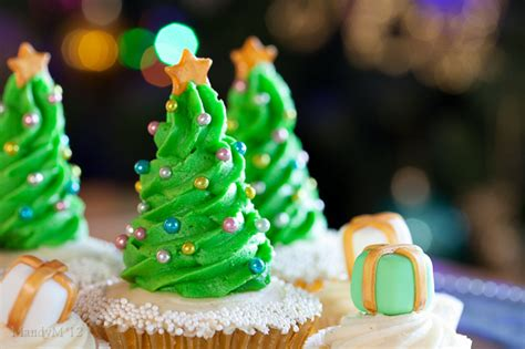 christmas tree cupcakes what the fruitcake