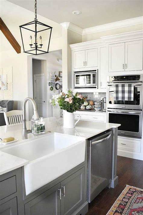 white kitchen farm sink 25 gorgeous kitchens with farmhouse sinks connecticut in 1371