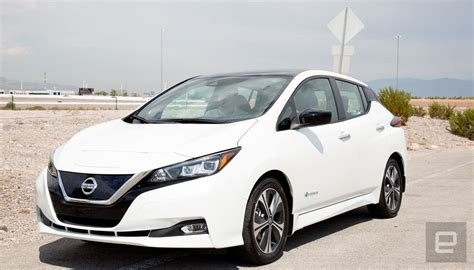 nissans leaf    offer  range  extra power