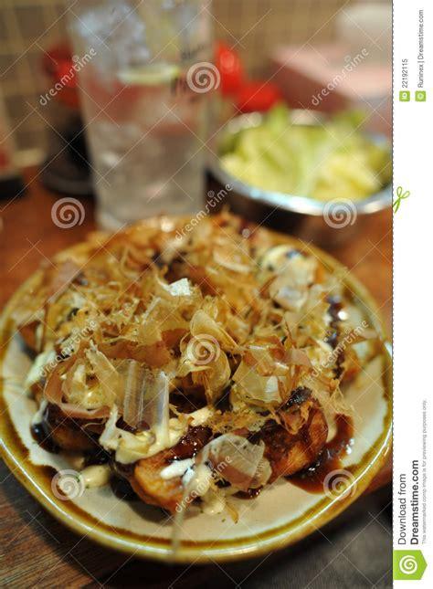 cuisine poulpe cuisine japonaise takoyaki poulpe grill 233 photo libre de