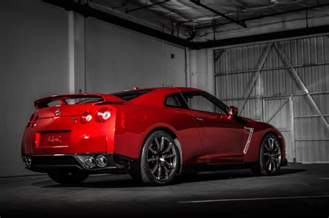 nissan gtr price  car reviews prices  specs