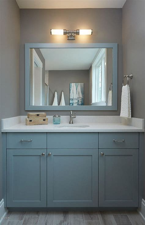 cabinet paint color  benjamin moore hc  boothbay gray