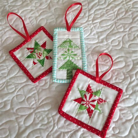 christmas in july a quilter s guide to holiday projects