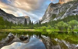 Beautiful Mountain Nature HD Desktop Backgrounds