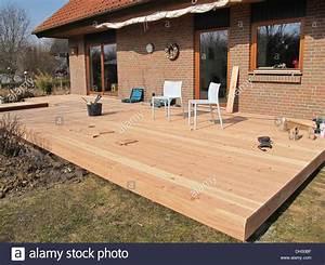 Bau Einer Holzterrasse : wundersch nen holzterrasse douglasie haus design ideen ~ Sanjose-hotels-ca.com Haus und Dekorationen