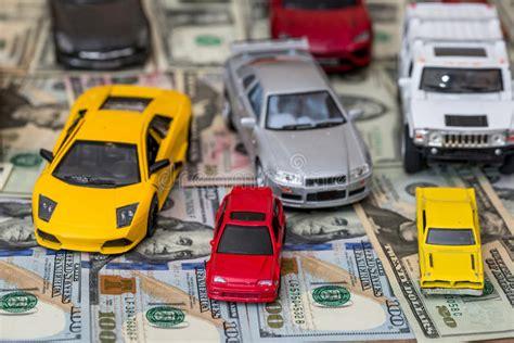 vele speelgoed stuk dollar veel uit dollarbankbiljet vliegen piggy roze geld binnen aan usd het benji hoeveel