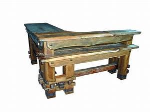 Rustikale Tische Aus Holz : rustikale theke im landhausstil aus massivem holz und originellen details ba 2 ~ Indierocktalk.com Haus und Dekorationen