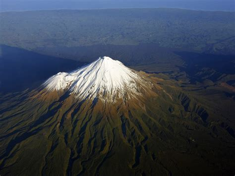 geographic mount taranaki  shadow speaks  zealand