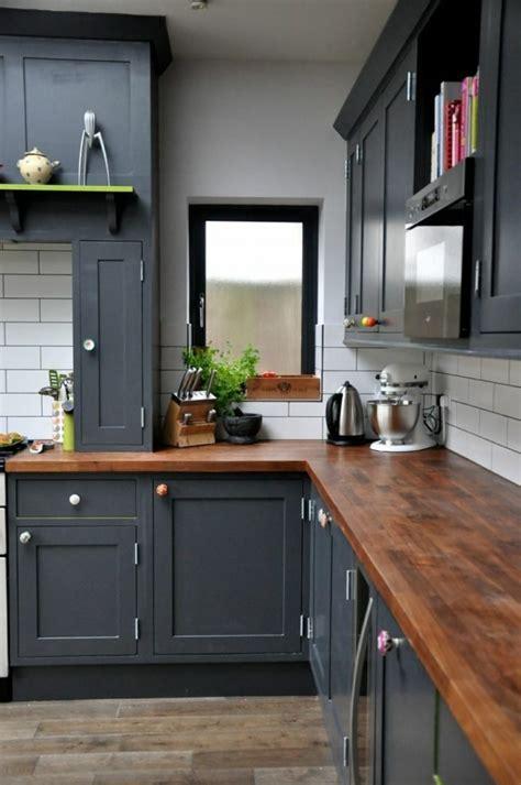 cuisine grise plan de travail noir cuisine gorgeous cuisine lindingo grise cuisine ikea