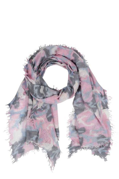schal grau rosa handgefilzter schal aus grau blau rosa pur