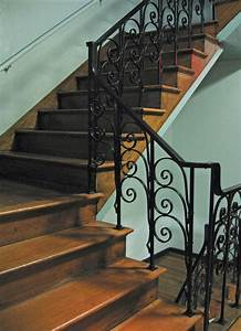 File Staircase With Iron Railing Jpg