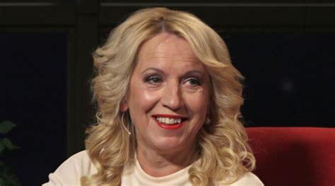 Slavenā latviešu dziedātāja Olga Rajecka pārsteidz sekotājus: Viņa ir izmainījusi savu ārējo ...