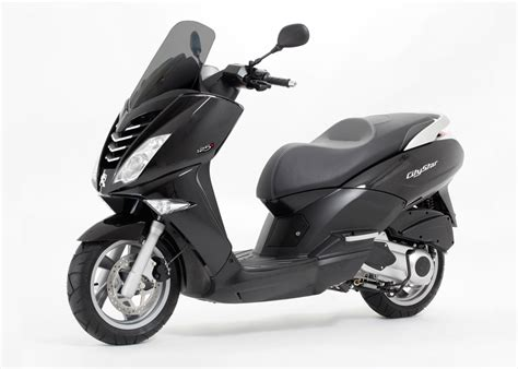 Review Peugeot Citystar 200i by Peugeot Citystar De Big Toerscooter Scooternews Nl
