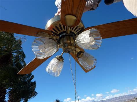 what direction should a ceiling fan go in the winter which direction should ceiling fan blades go in summer