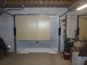 Isoler Une Porte Du Bruit : isolation portes de garage plaques de polystyr ne ~ Dailycaller-alerts.com Idées de Décoration