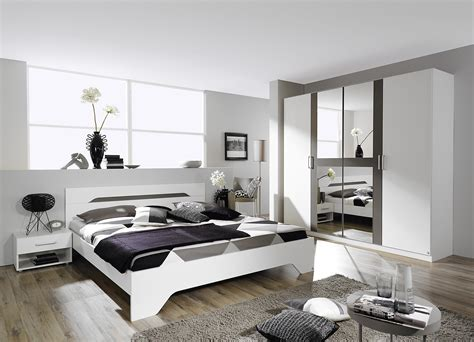 chambre adulte blanche chambre adulte design blanche et grise rudie chambre