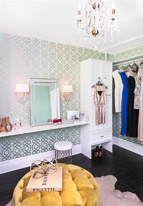 Walk In Closet Wallpaper by Blue And Green Trellis Closet Wallpaper Contemporary