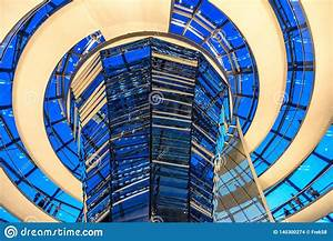 Dome House Deutschland : night view of reichstag dome parliament building in ~ Watch28wear.com Haus und Dekorationen