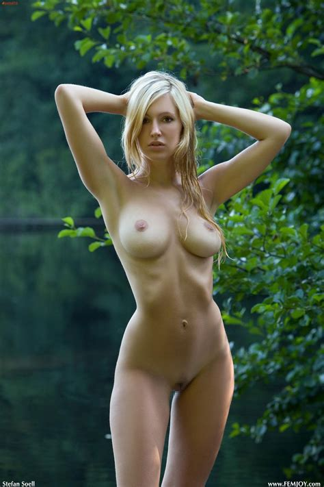 Mild Tan Lines Perfect Body Porn Photo Eporner