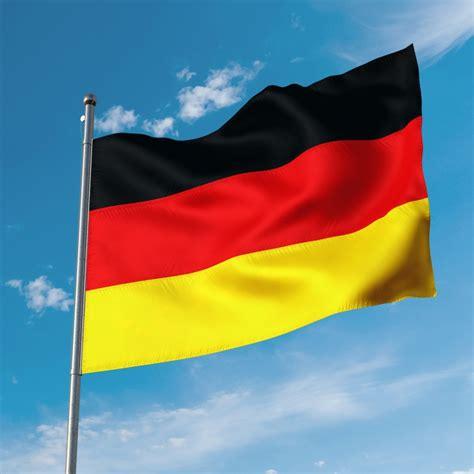 valstu karogi, pasaules karogi, pilsētas karogi ...