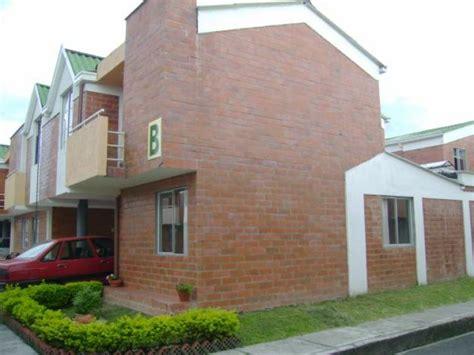venta pisos mejorada del co esquinera excelente casa mejorada 2 salas marquesina