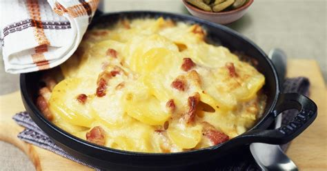 cuisiner les poireaux recette recettes de tartiflette les recettes les mieux notées